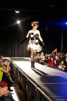Designer: Mayra Stearns Model: Wendy Daniels